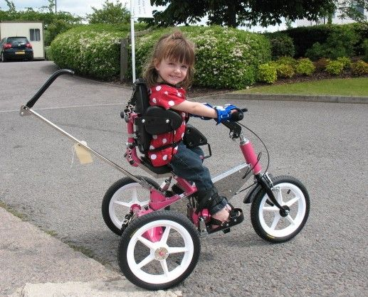 Cutie Holly - great trike!