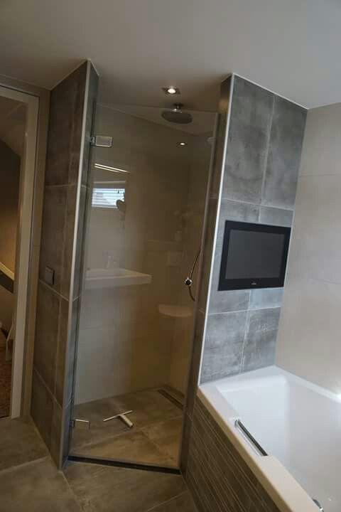 Hoek douche schuin bad en toilet idee n voor het huis pinterest for Ontwerp bad