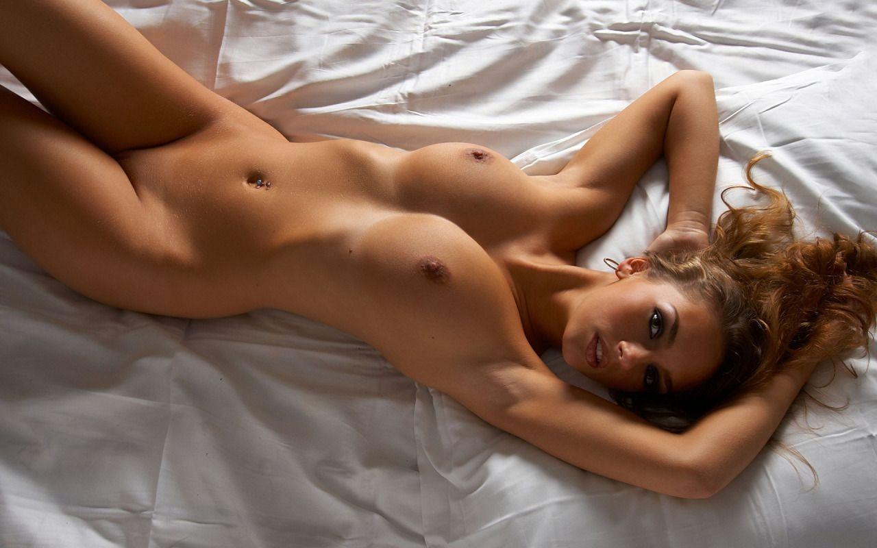 nackt perfekte frauen mit perfekten titten