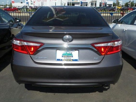 2015 Toyota Camry 4dr Sdn I4 Auto Le Toyota Camry 2015 Toyota