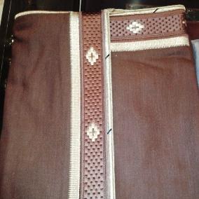Men Abaya Bisht Created By Bshotalayaf Posted By Bshot Al Ayaf Abaya Men Luggage