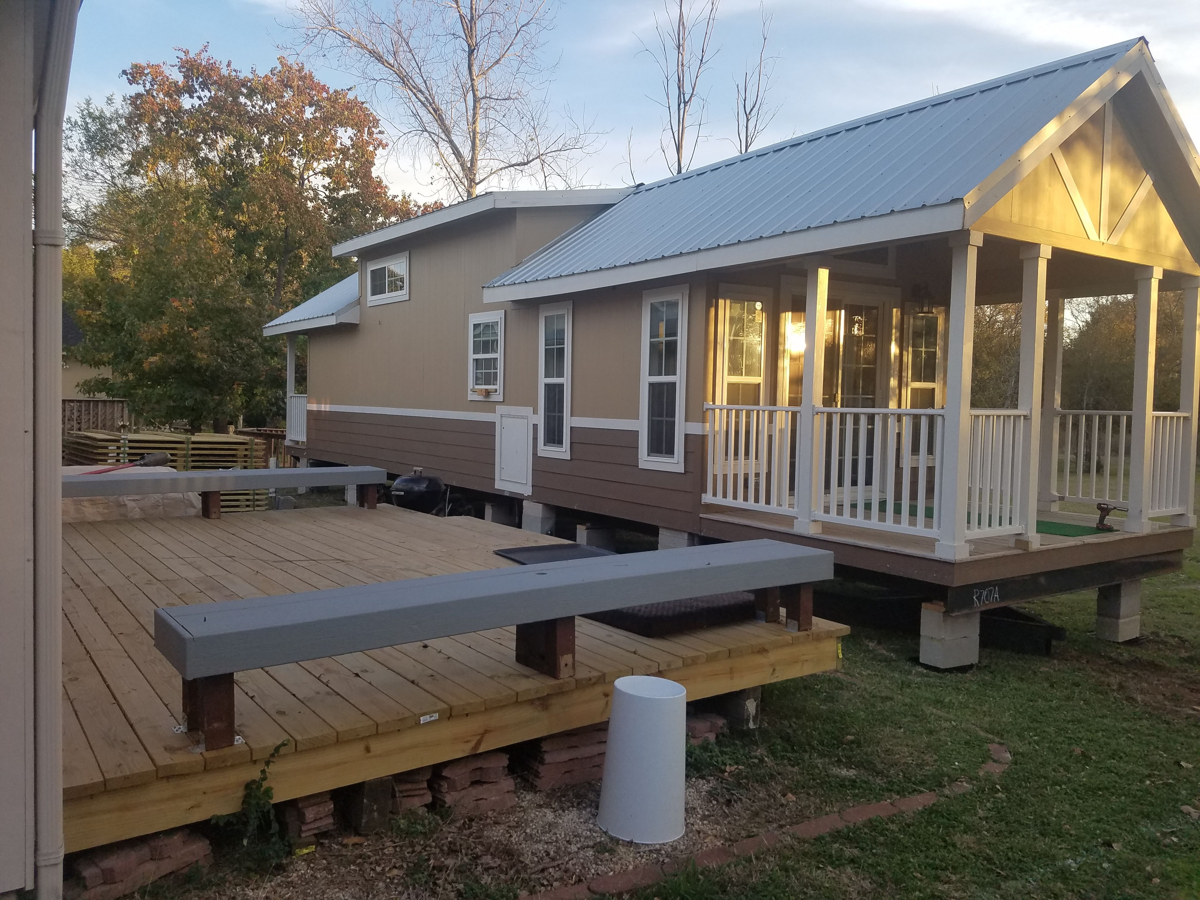 Tiny House Sales And Land Development Buyasmallhouse Com Tiny House For Rent In Austin Texas Sale House Tiny Houses For Rent Best Tiny House