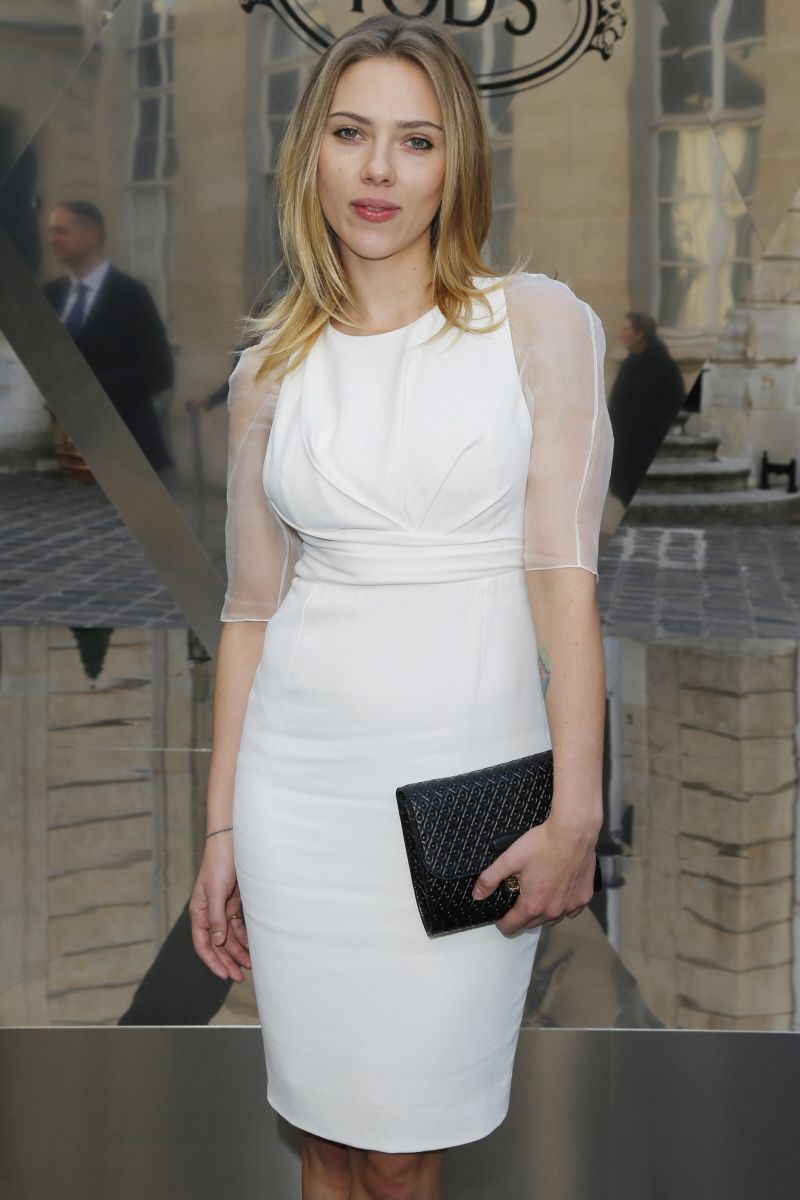 CeleBitchy: Does Scarlett Johansson think Blake Lively is a phony & a fame monster?
