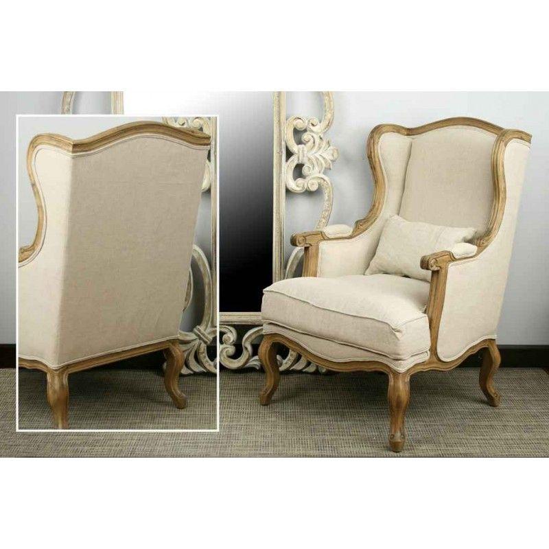 Sillón estilo isabelino 68x66x104cm tapizado en color beige. Estructura de madera.