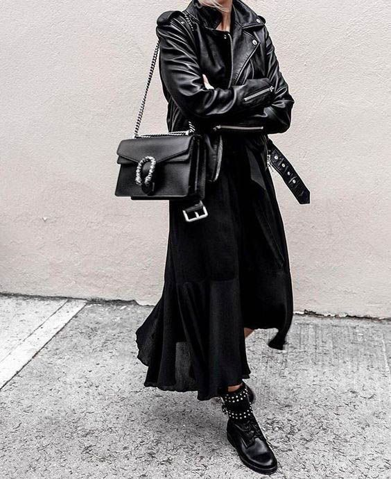 All black outfit / Street style fashion / fashion week #fashionweek #fashion #womensfashion #streetstyle #ootd #style  / Pinterest: @fromluxewithlove #outfits black 30+ All Black Outfits to Copy - FROM LUXE WITH LOVE