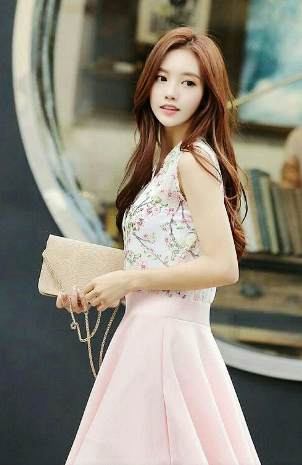 6 Pretty Korean Fashion Style Ideas That Women Should Try