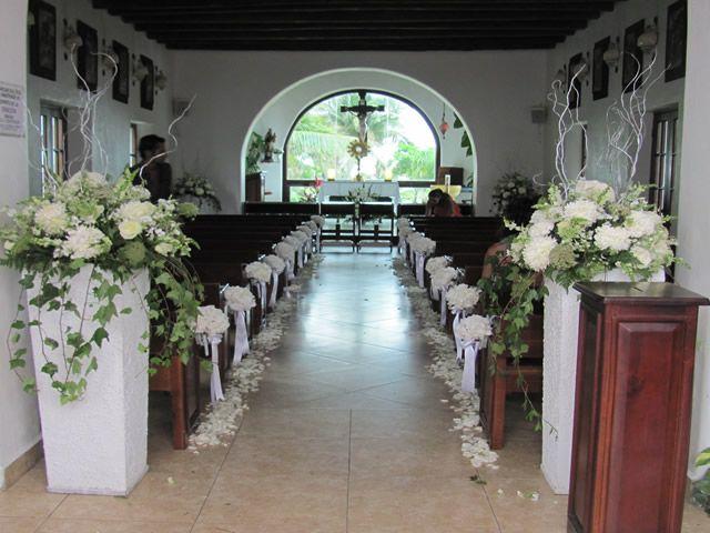 Jardin floreria decoracion de iglesias bodas for Arreglos florales para boda en jardin