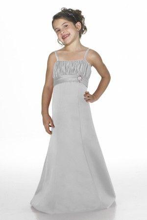 Alexia Has Junior Bridesmaids In Nice Light Grey Ice Silver In