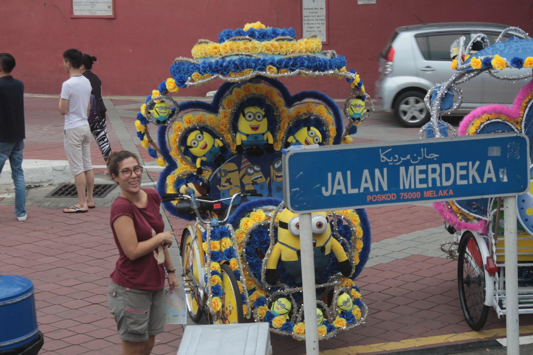 A los tuk-tuks de Melaka se les ha ido de las manos el decorado