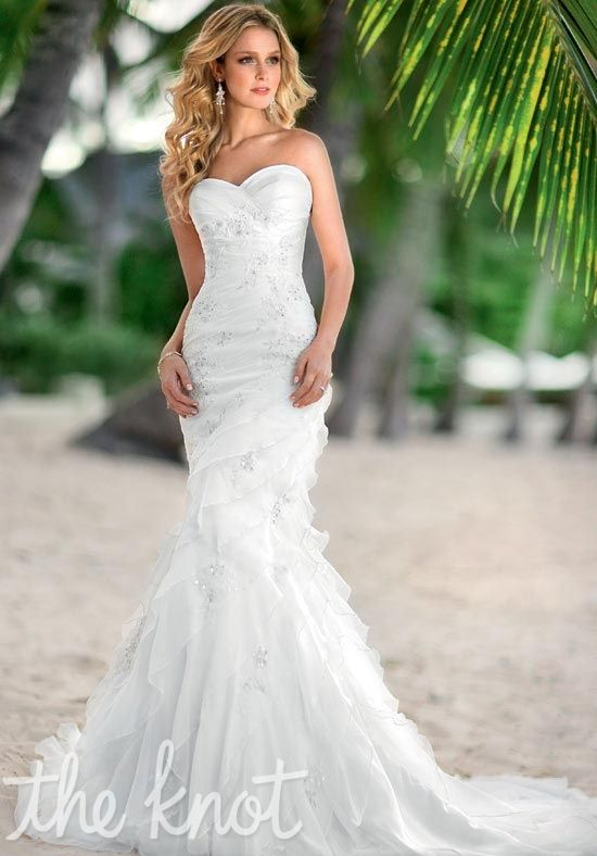 Beautiful Dress for Beach Weddings Brides