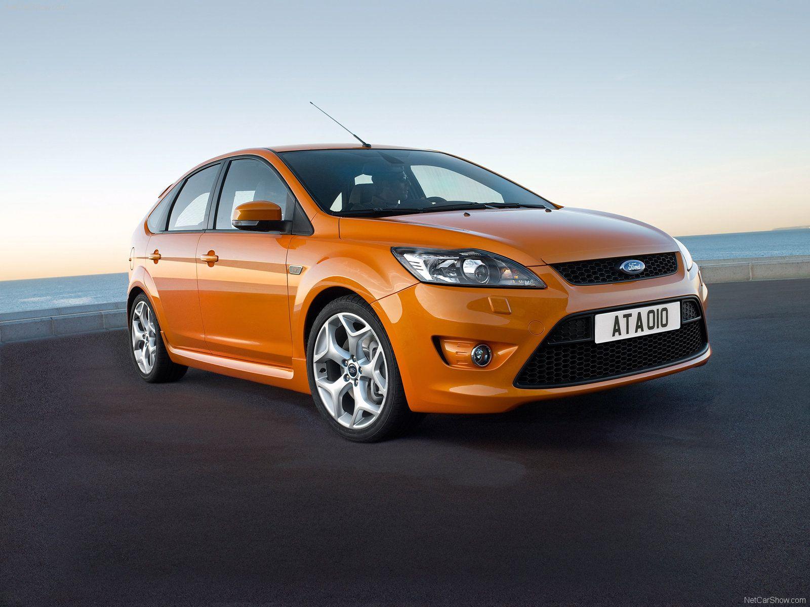 Electric orange ford focus st mk2 facelift