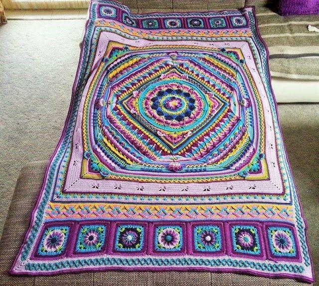 Sophie S Universe Ist Fertig Crochet Mandala Pattern Crochet Blanket Patterns Crochet Mandala