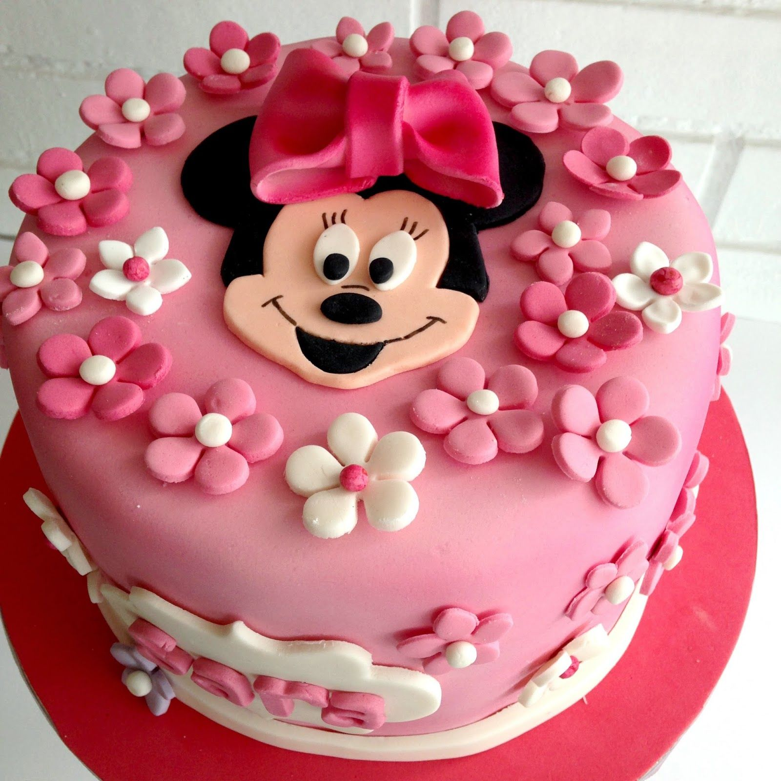 pasteles de fondant de minnie mouse buscar con google. Black Bedroom Furniture Sets. Home Design Ideas