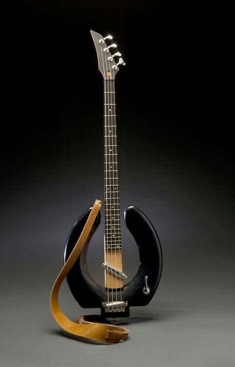 A que se deve a falta de popularidade da Gibson em relação à Fender? - Página 5 4b0c7c884c57a52887e7f77418fe370c
