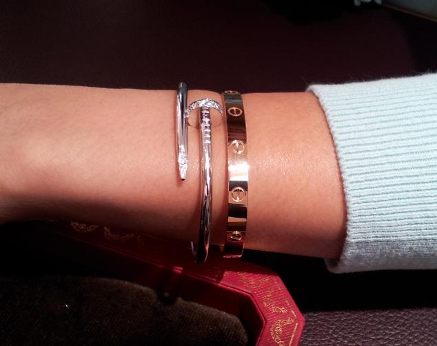 c1afe2375e8  bijoux  bijouxcreateur  tendancebijoux2016  bijouxtendance2016   montres2016  montrestendance2016 Cartier Love Bracelet