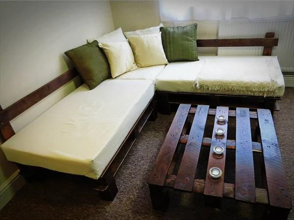 DIY Pallet Sectional Sofa with Lights Pallet sectional and