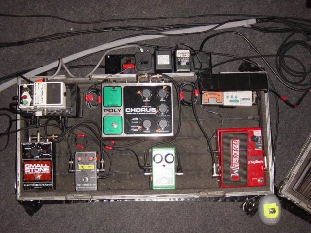 radiohead 39 s jonny greenwood pedalboard first in sequence 1990 39 s guitar effect pedal. Black Bedroom Furniture Sets. Home Design Ideas