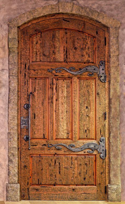 Photo of Egendefinert middelalderslottdør: Håndsmidd jernvare for kunst