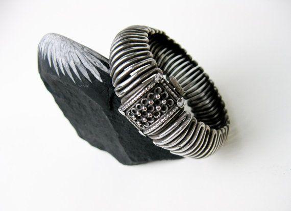 Rare a pair tibet silver carved fu flowers bracelet bangle