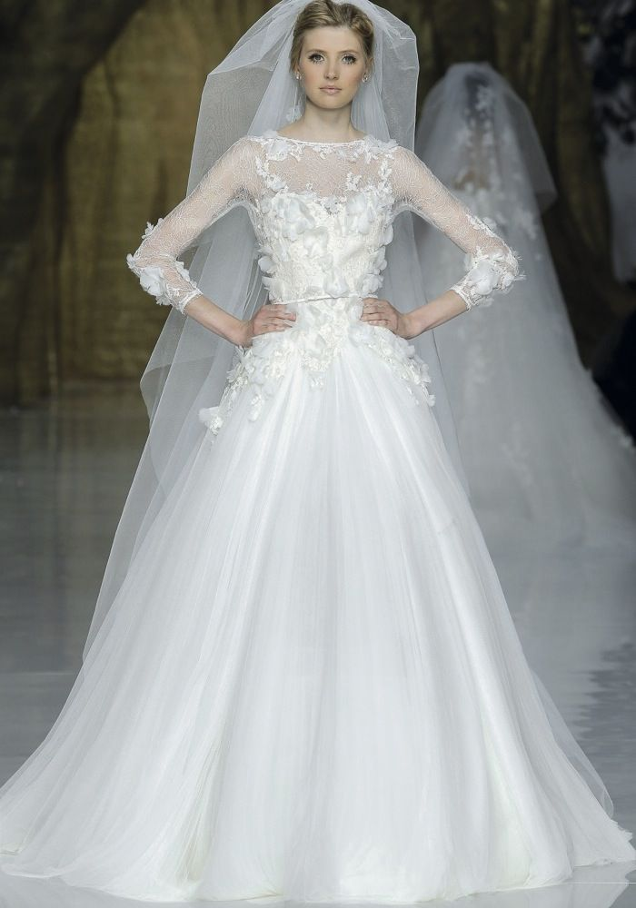 Elie By Elie Saab Boat Neck Princess Ball Gown Dress Hong Kong