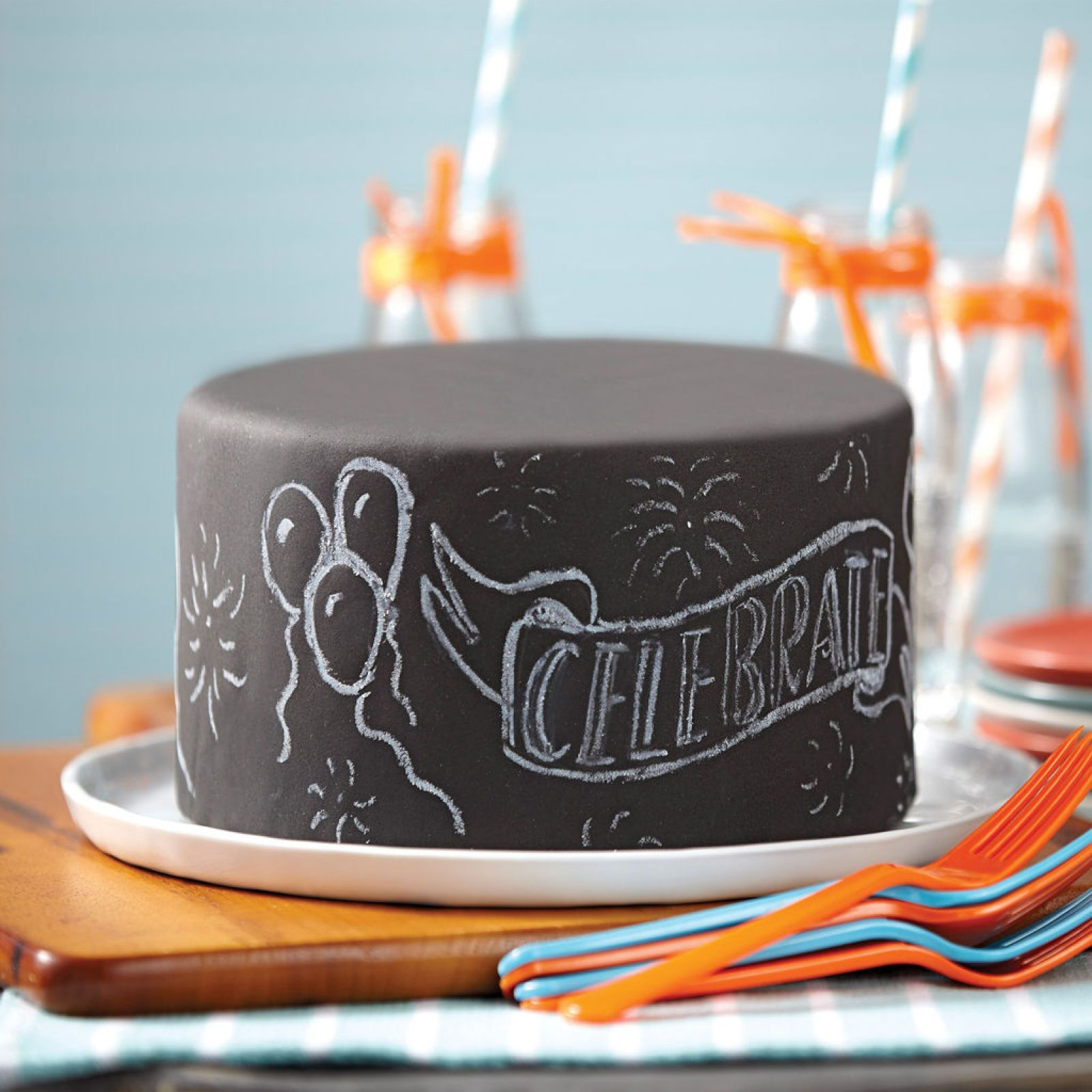 how to write on fondant