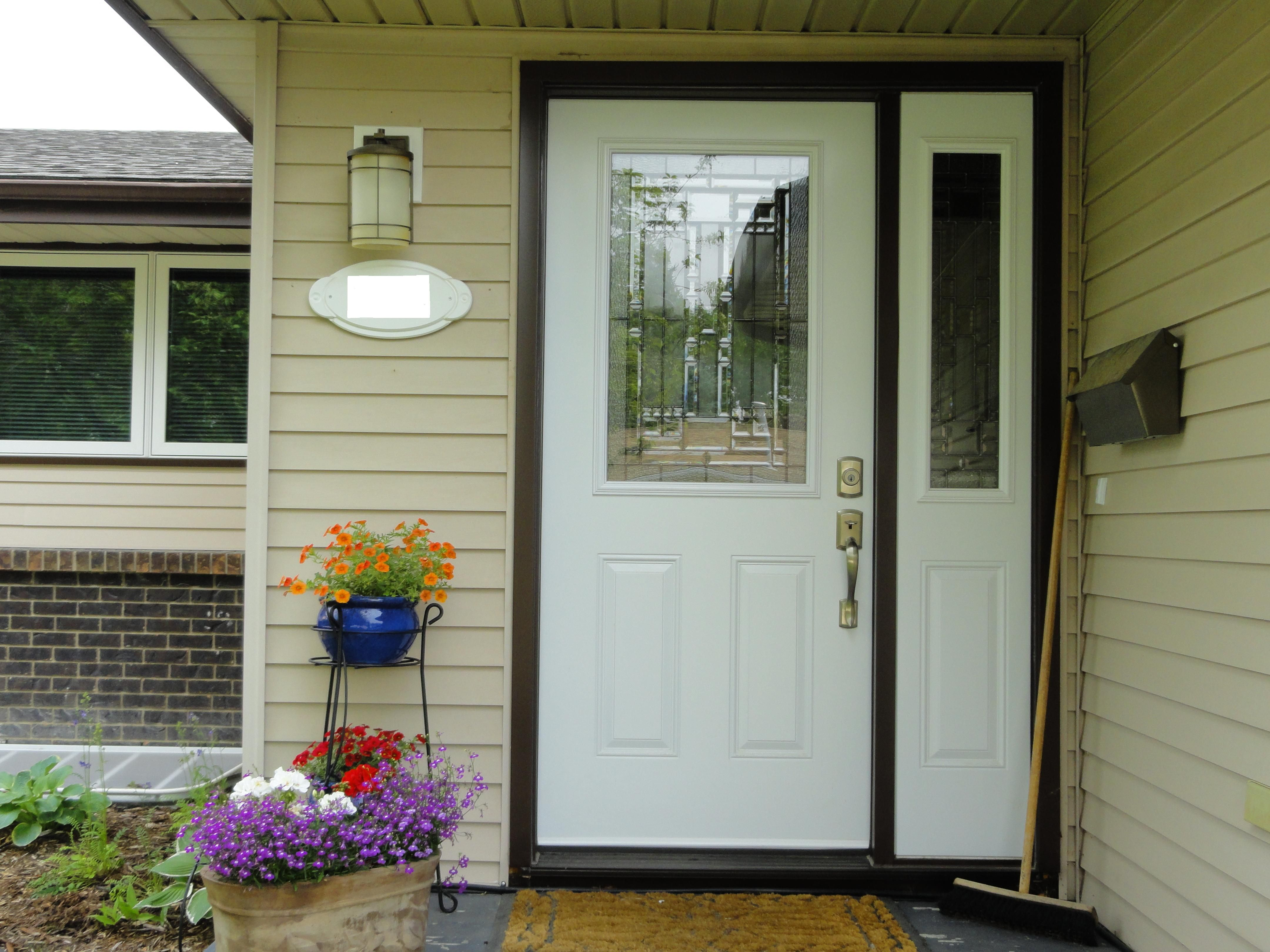 Naples Glass Insert By Masonite White Coloured Single Entry Door With One Sidelite Doors