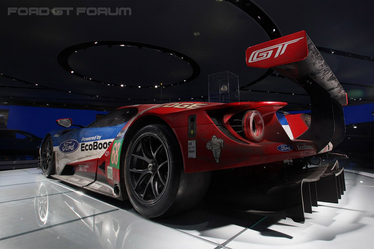 Ford Gt Road Race Car At Naias  Ford Gt Forum American Supercars Pinterest Ford Gt Ford And Cars