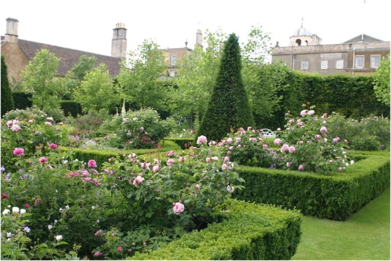 Russell page badminton house gloucestershire u k for Garden design gloucestershire