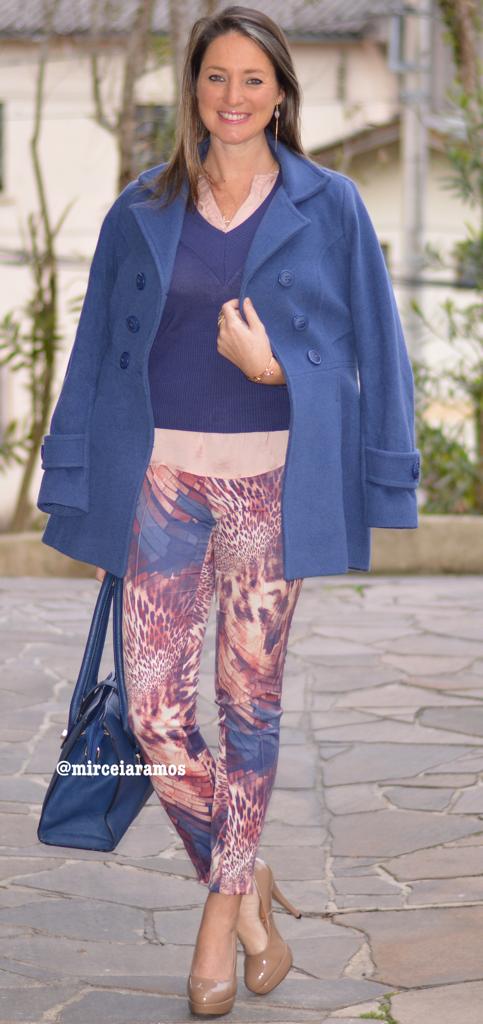 Look de trabalho - look do dia - look corporativo - moda no trabalho - work outfit - office outfit -  fall outfit - frio - look de outono - Calça estampada - azul - navy-blue