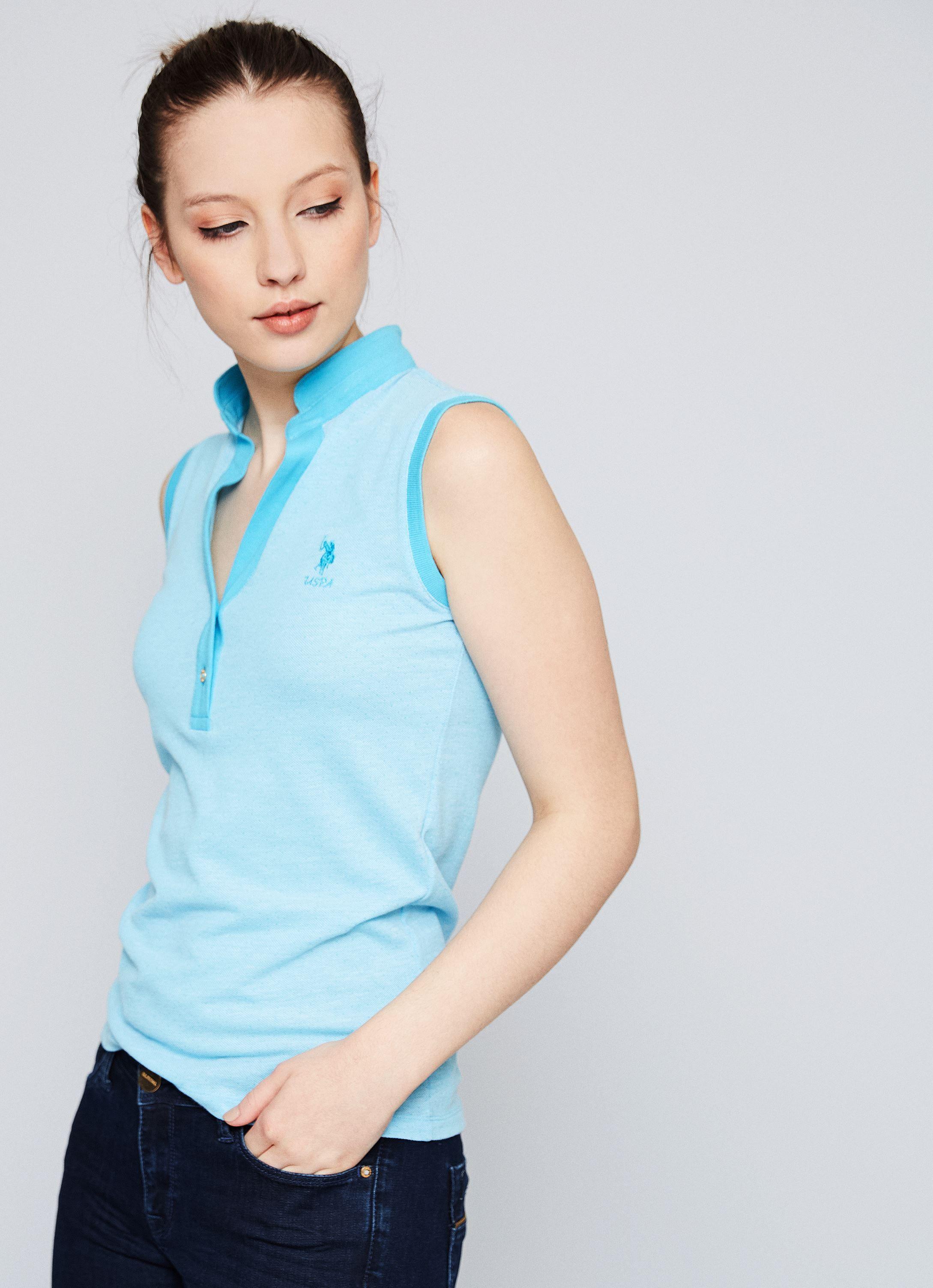 Yesil Kolsuz Fashion Yaka Slim T Shirt Kadin Tisort Modelleri Ve Bayan Tshirt Fiyalari U S Polo Assn Kadin Kadin Tisort Polo