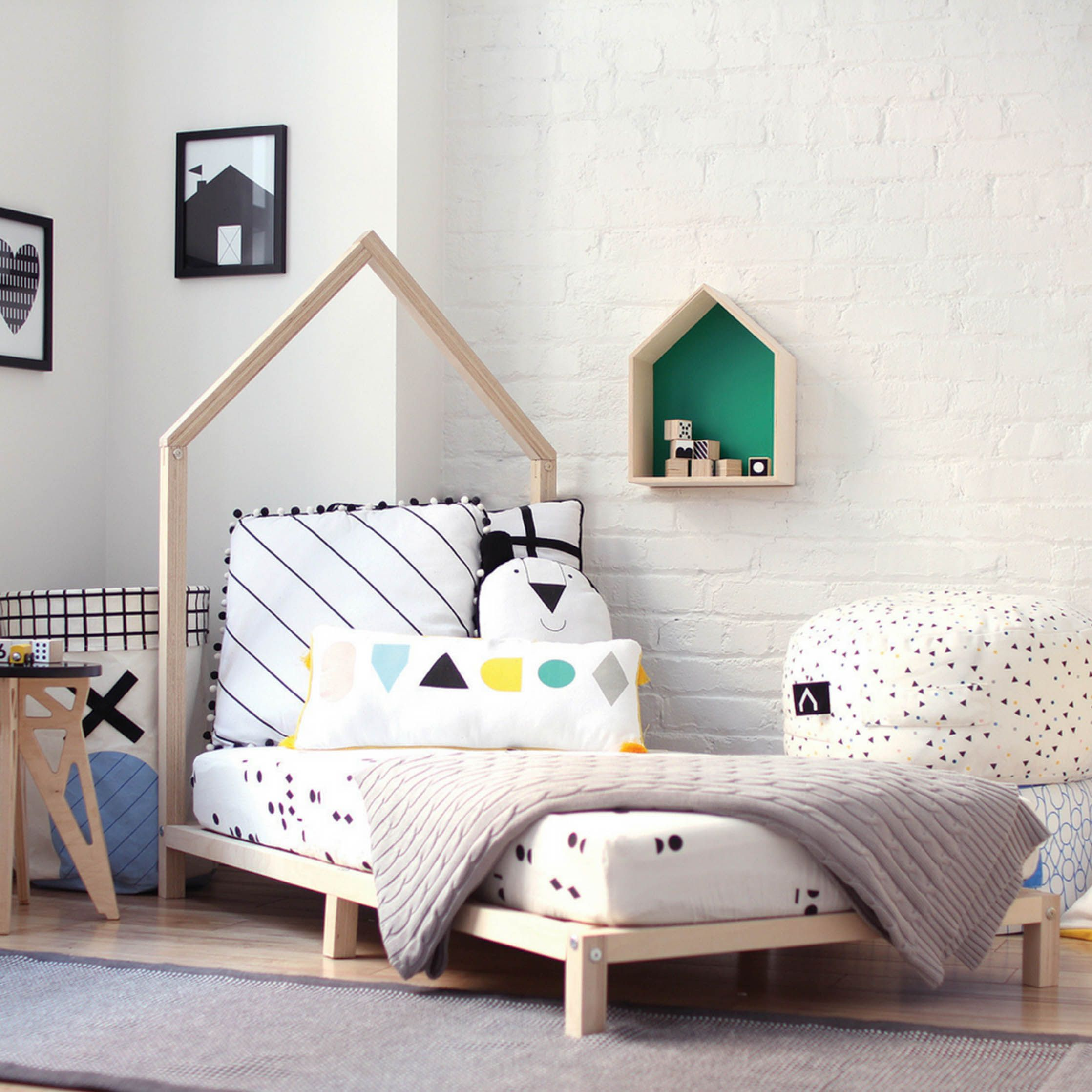 Tutti Transitional Toddler Bed