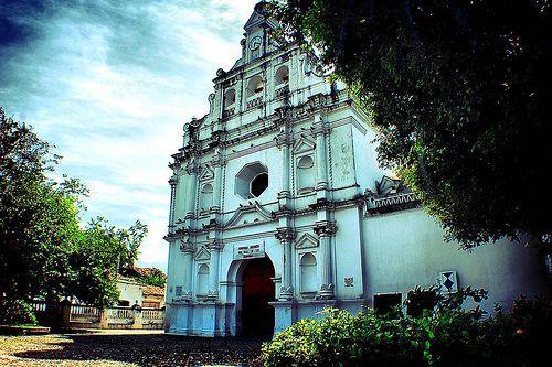 Zona Occidental Ciudad Colonial Y Cultural De El Salvador