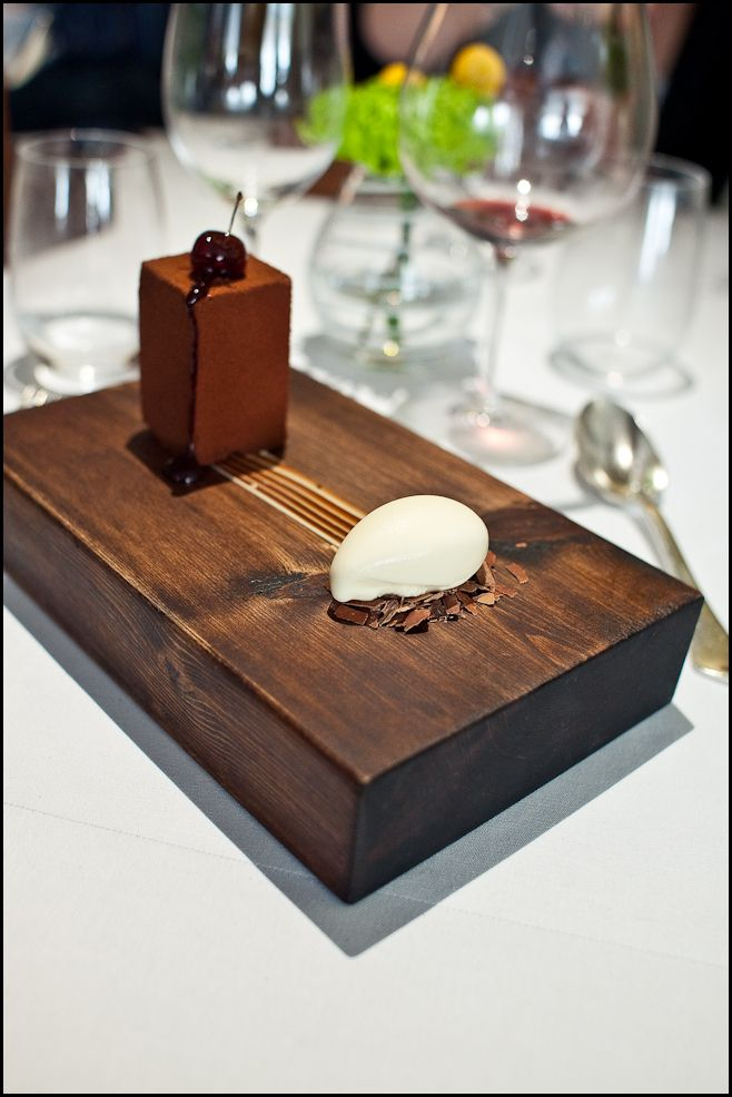The BFG @ The Fat Duck. I still have dreams about this pudding. Best. 30th. Ever.