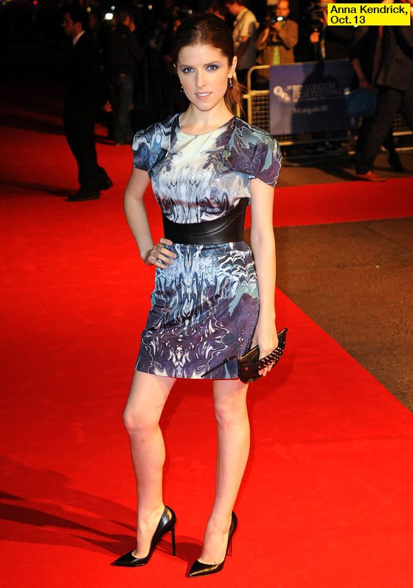 Anna Kendrick's '50/50' Premiere In The UK: She Looks sexy & chic