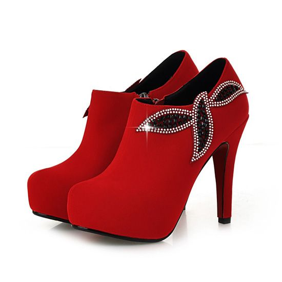 Sexy red booties
