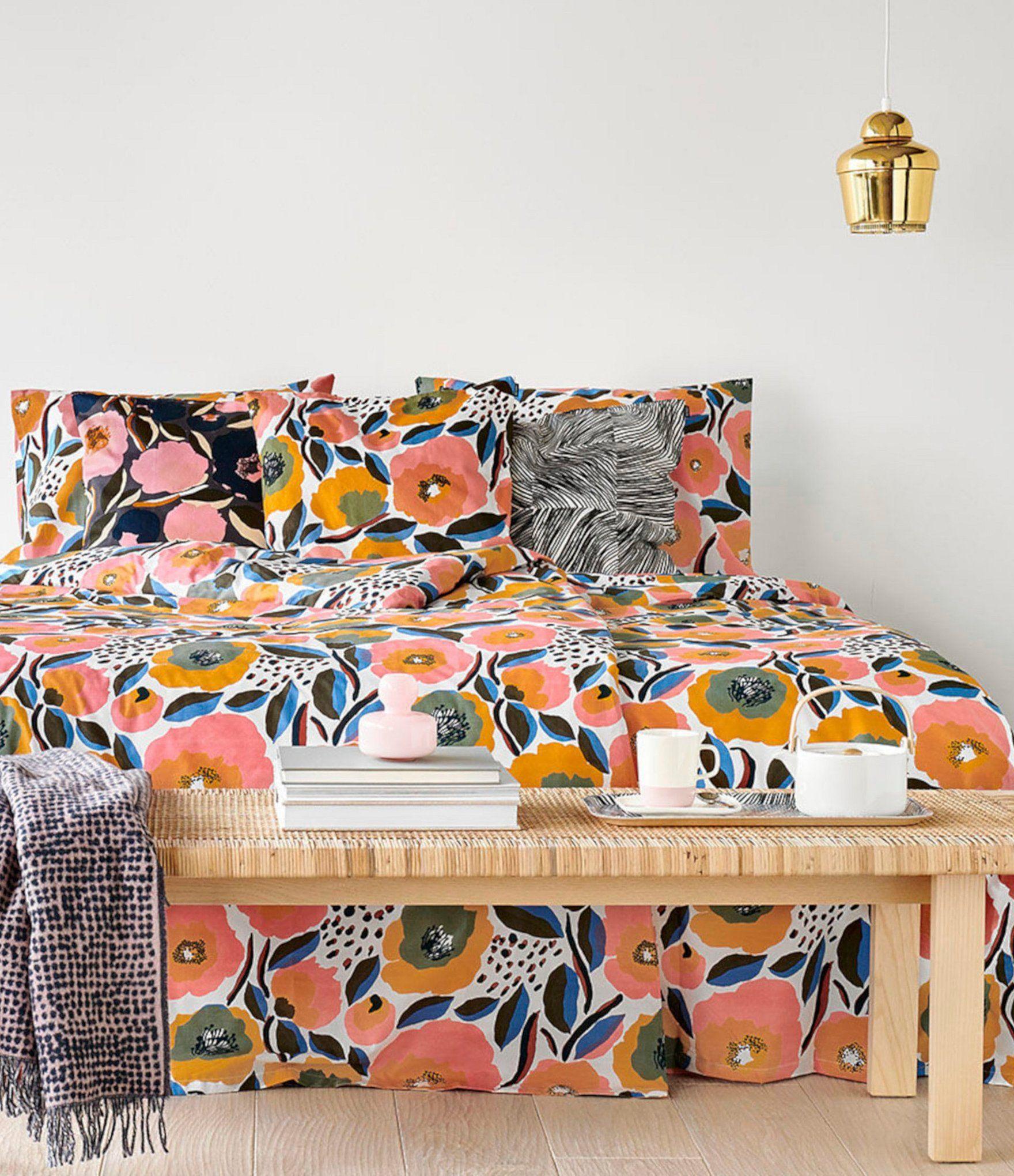 Marimekko Rosarium Floral Mini Comforter Set - Open/Medium Pink King