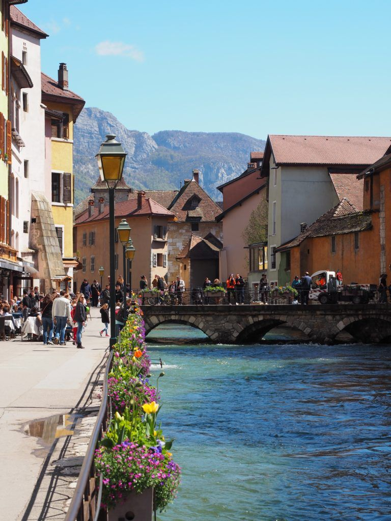 Is this the cutest town in France! Why you need to visit Annecy