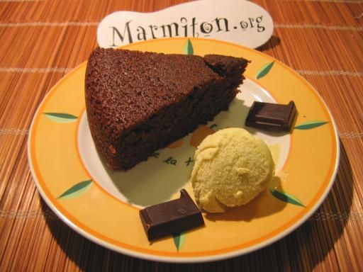 Gateau Tres Rapide Au Yaourt Et Au Chocolat Recette Recipes