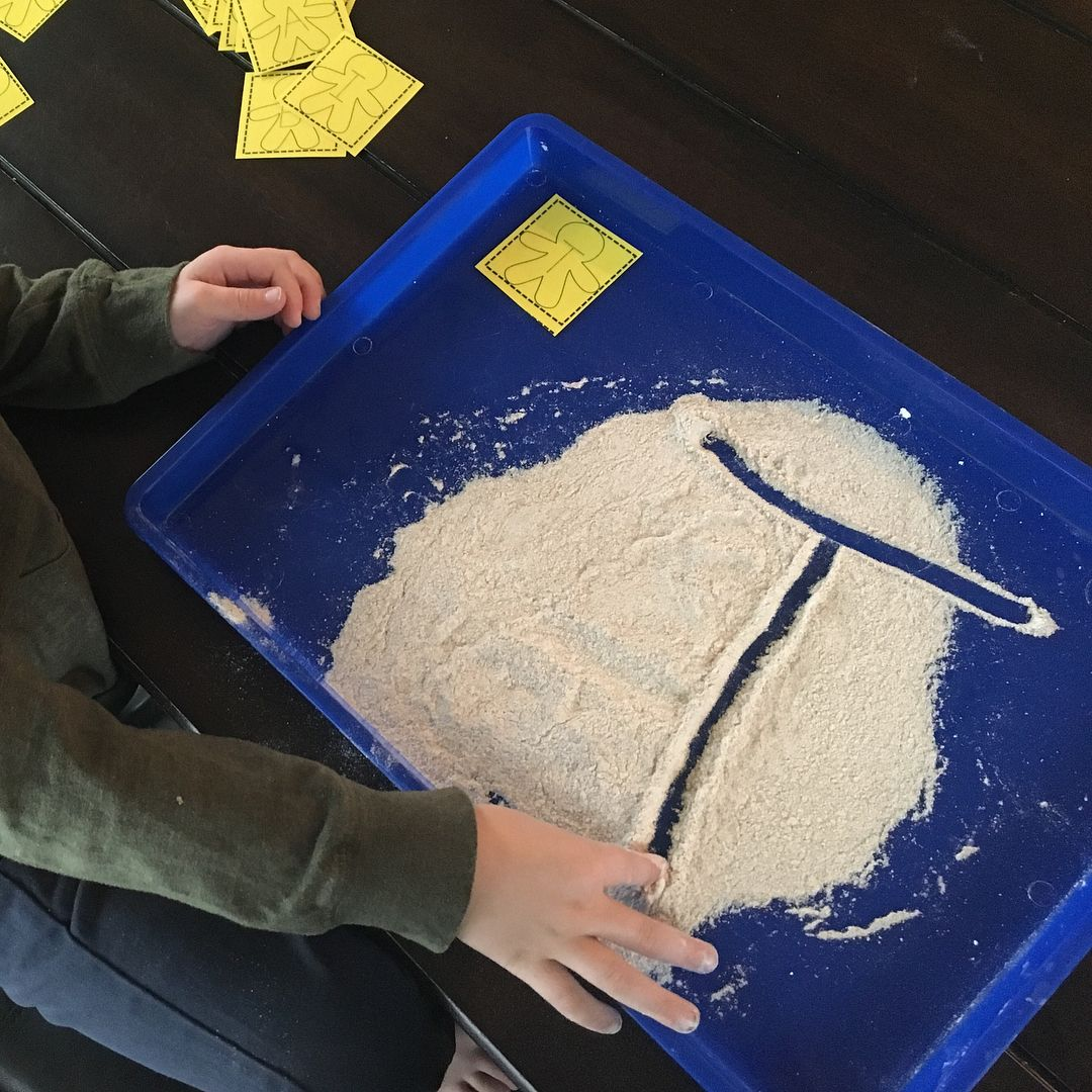 """50 Likes, 3 Comments - Michele Dillon (@michele_dillon) on Instagram: """"Having fun practicing our writing ✍️ in a flour sensory tray! We read The Gingerbread Man this…"""""""