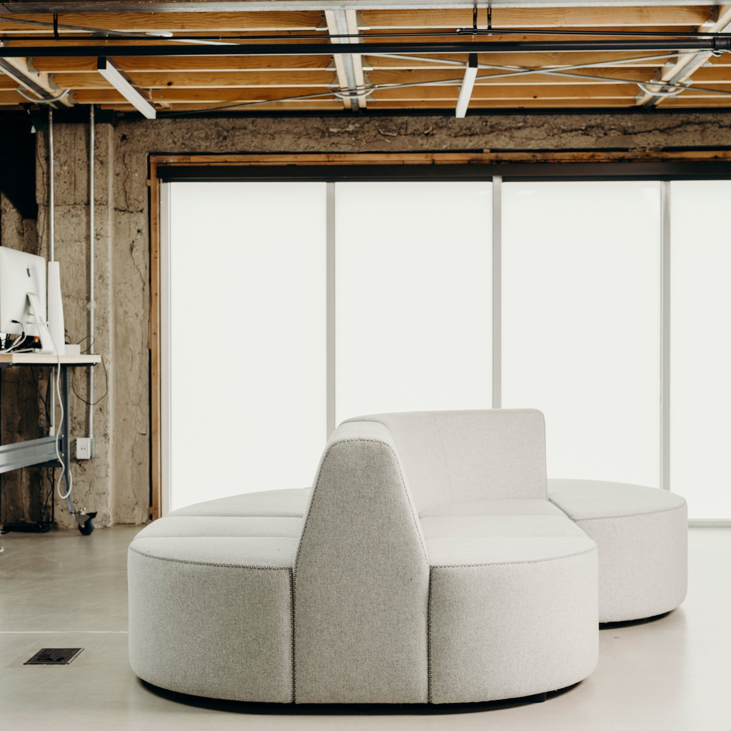 Joe Gebbia Who Co Founded Home Rental Website Airbnb Has  # Muebles Modulares Lukar