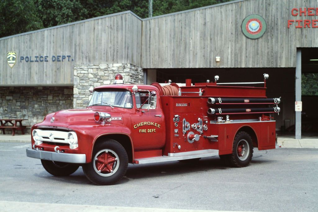 CFD Eng 31 1956 Ford F700-ALF 500-750 G-M 24May86 | Antique