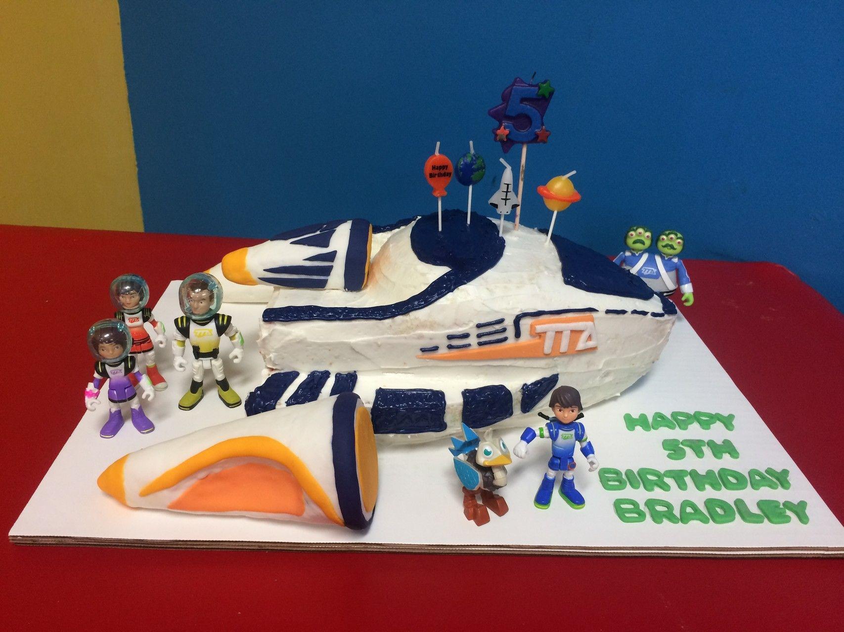 Miles from Tomorrowland Stellosphere birthday cake