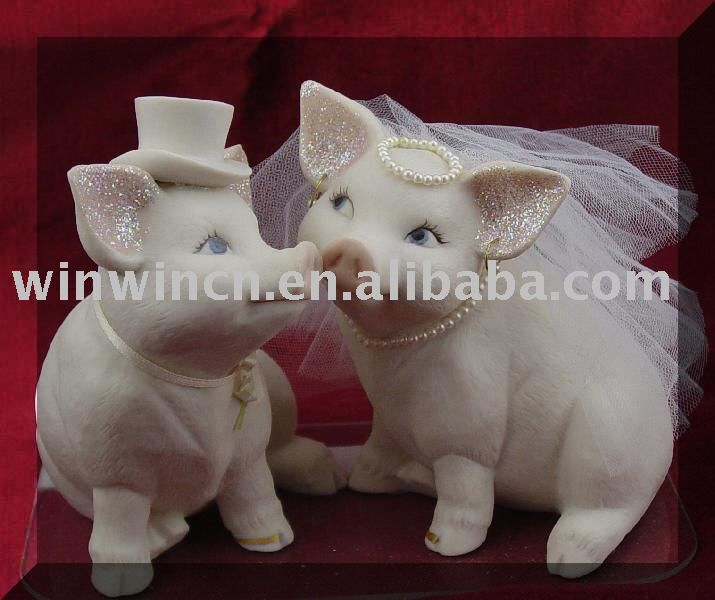 Piggie Wedding Cake Toppers = Yes Please LOL