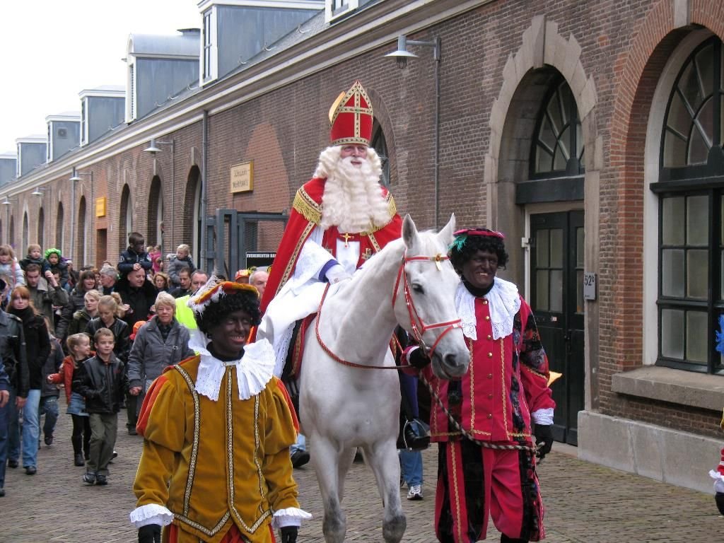 facts about santa claus: sinter klaas