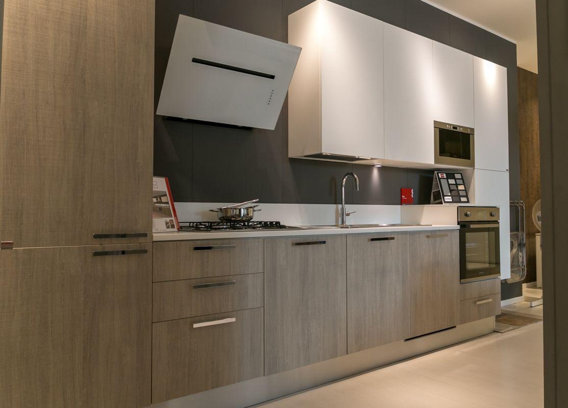 Cucina Scavolini modello Sax scontata del 33% - Cucine a prezzi ...