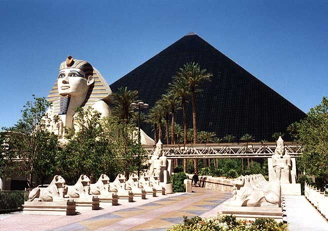 Amazing Snapshot Of Famous Las Vegas Black Mirror Pyramid And Egyptian Spinx At The Hotel Lux