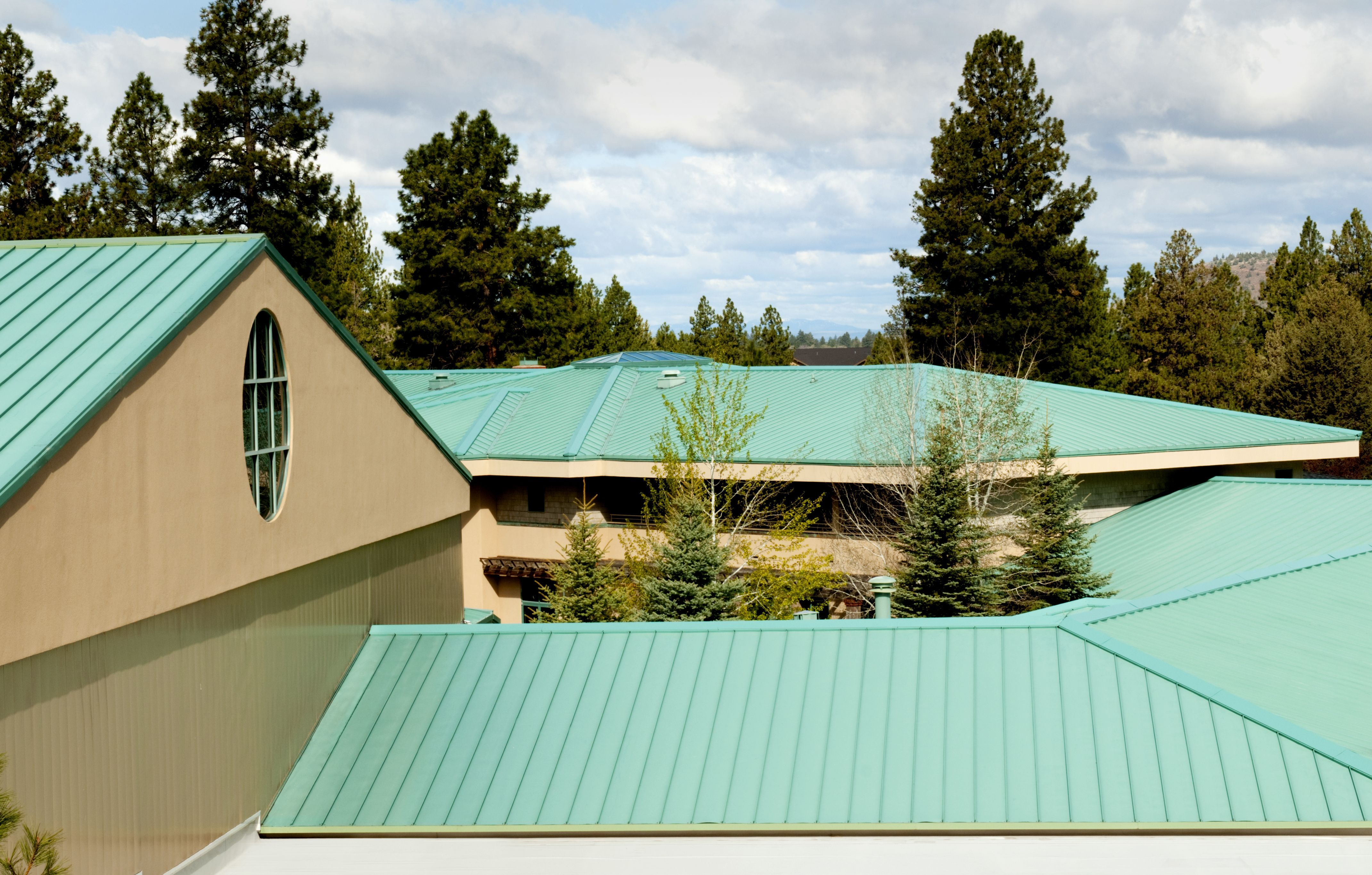 How To Overlap Metal Roofing Building Maintenance Metal Roof Roofing