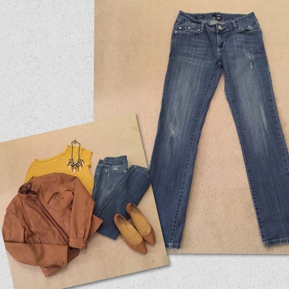 a.n.a. Straight Leg Jeans Distressed 4 A.N.A. Brand ~ like new ~ distressed light to light/medium denim ~ size 4 ~ the distressing is subtle giving them a more polished look ~ they do have stretch~ a.n.a Jeans Straight Leg