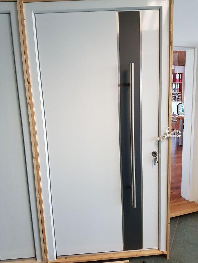 Awesome ... Wechselndes Angebot Von Haustüren, Eingangstüren Und Innentüren Im  Abverkauf Zum Absoluten Bestpreis Und Stark Reduzierte Haustüren  Ausstellungsstücke.
