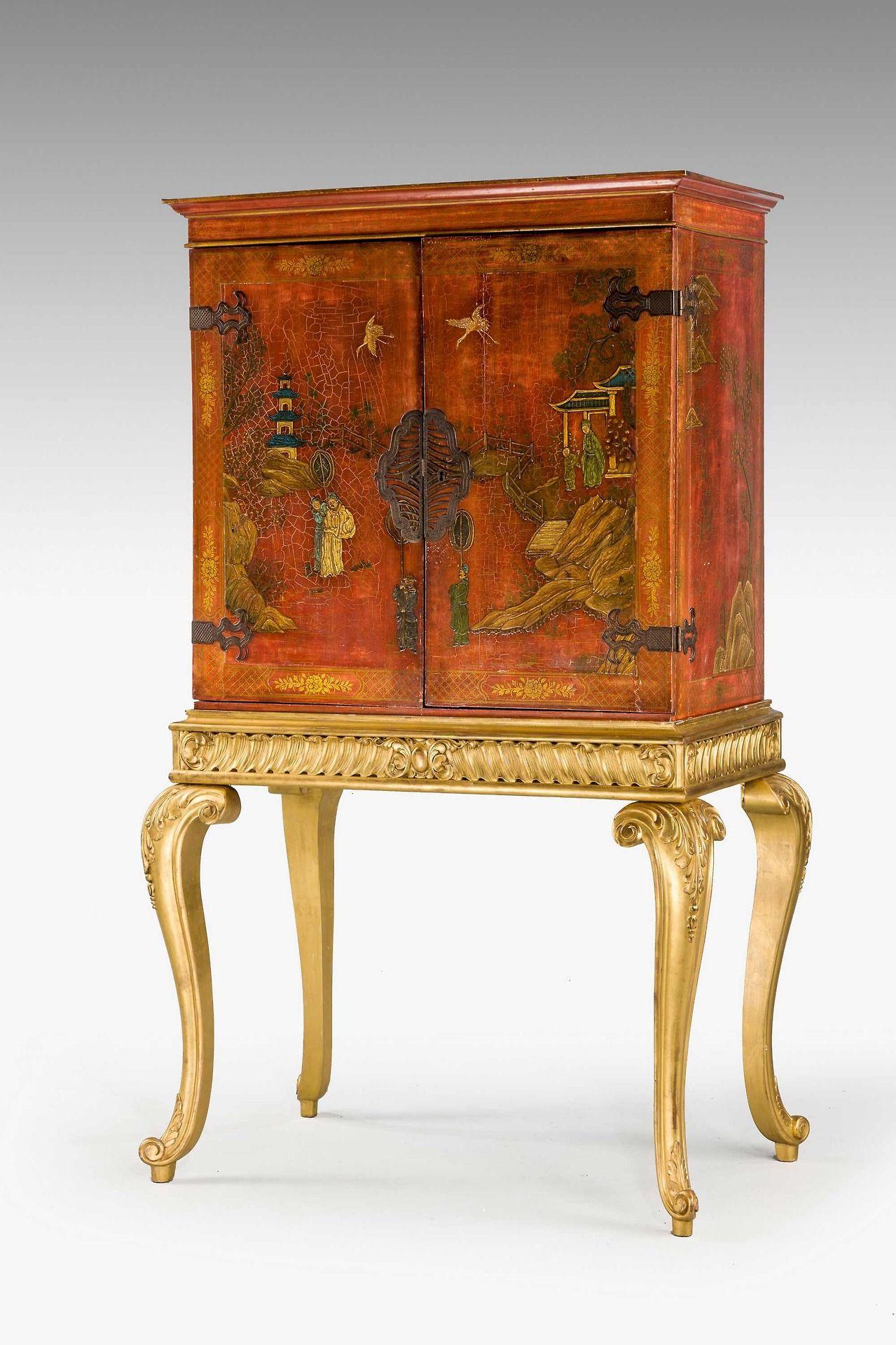 A Chinoiserie Red Lacquered Cabinet N D Mobilier De Salon Mobilier Art De Vivre